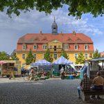 Markt vorm Rathaus
